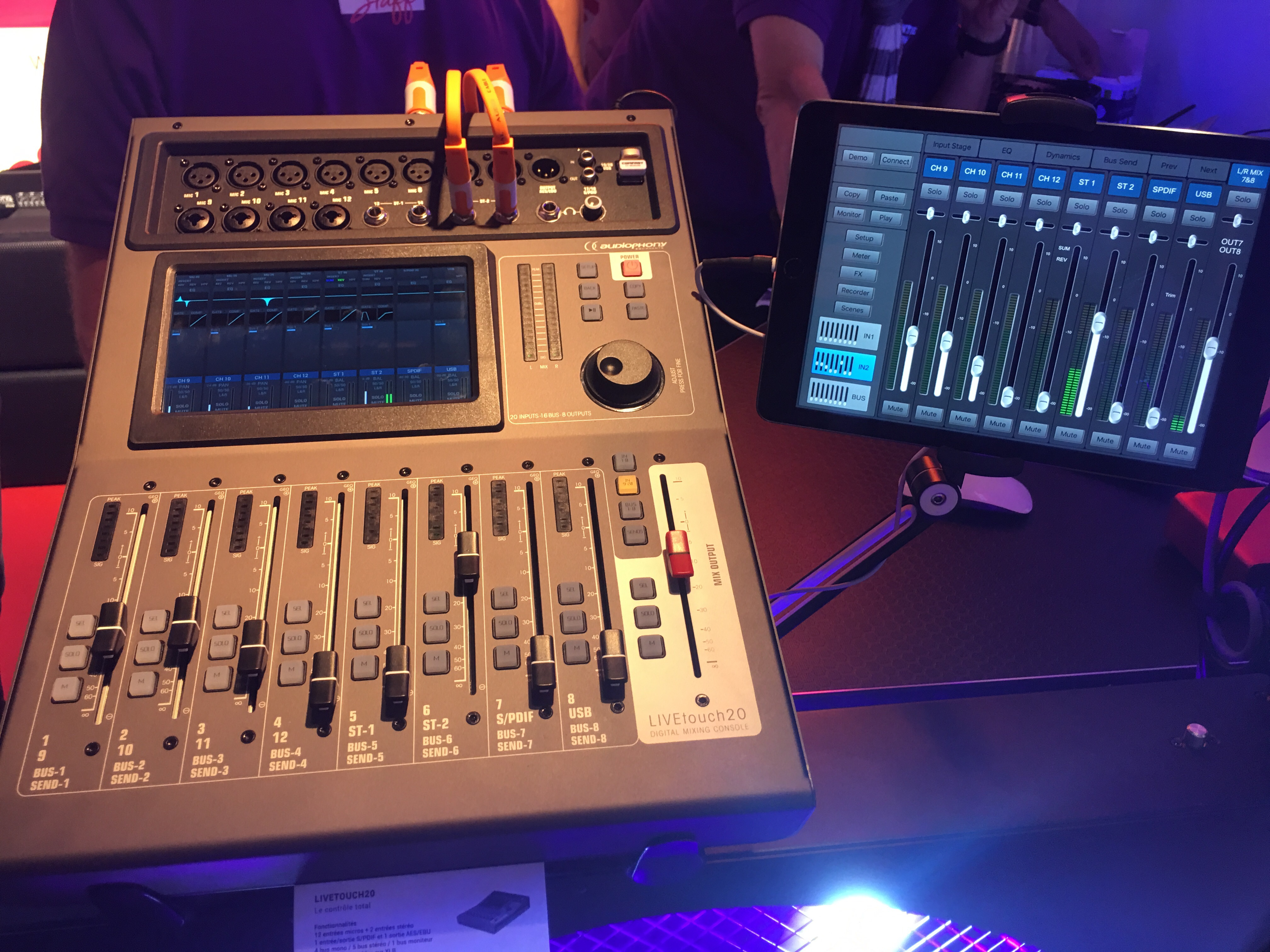 CONSOLE LIVE TOUCH 20